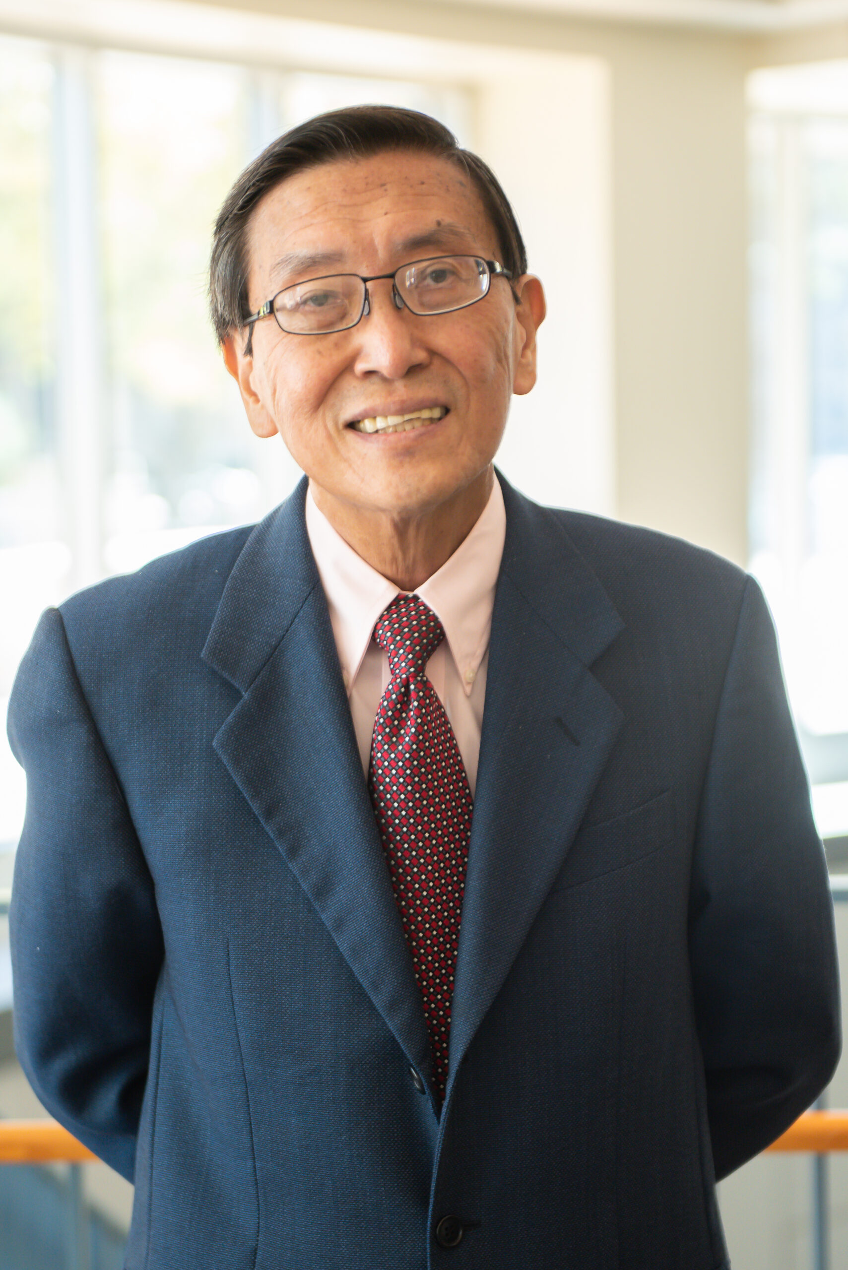 Physicist Dr. Siu Chin